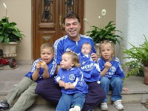 Holger and four little look-alikes.